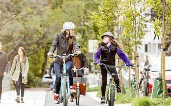 Nên chuẩn bị đồ bảo hộ khi tập đi xe đạp