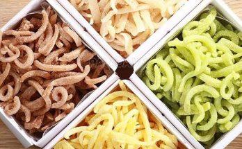 Món mứt dừa nhiều màu