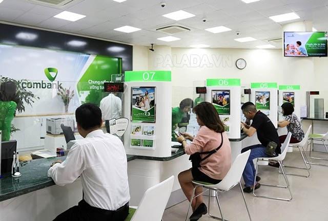 Ngân hàng Vietcombank làm việc giờ hành chính
