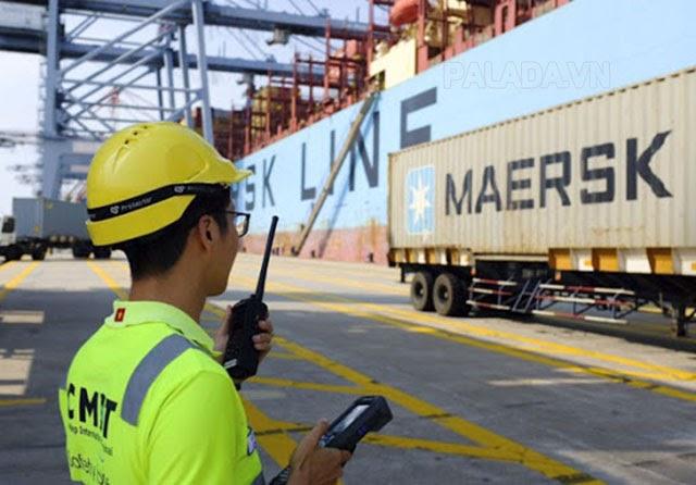 Nhân viên Logistics phụ trách các công việc hậu cần